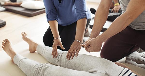 Porque devemos fazer um curso de massagem terapêutica do IBS?
